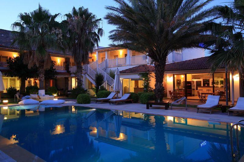 Şah Hotel