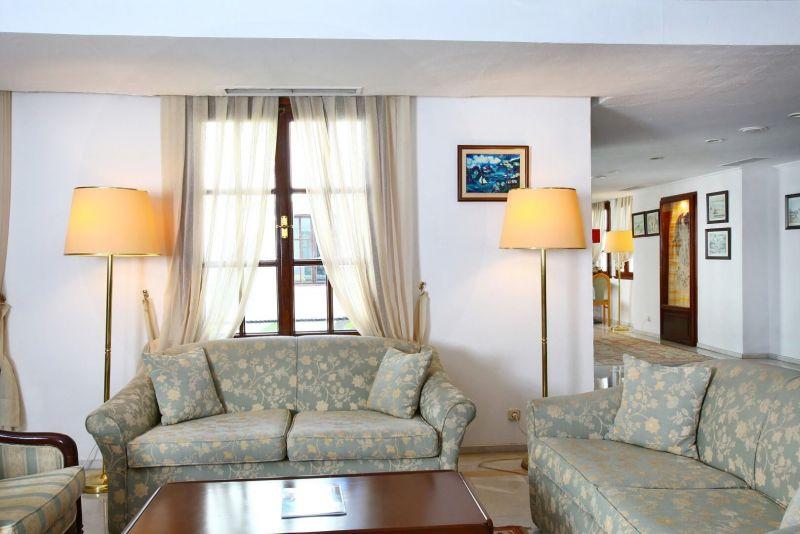 Karıa Prıncess Hotel